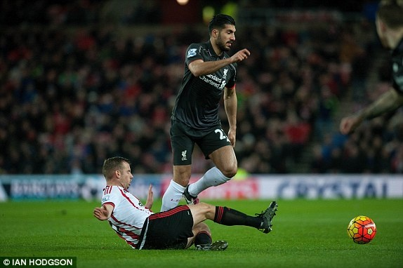 Liverpool thang tran khep lai luot di Premier League hinh anh 1