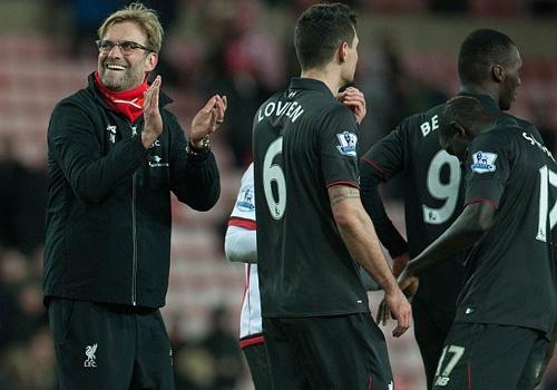 Liverpool thang tran khep lai luot di Premier League hinh anh