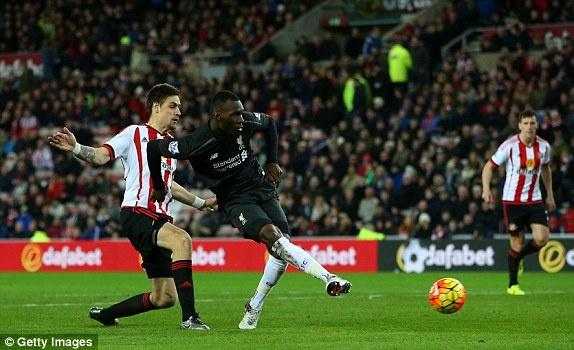Liverpool thang tran khep lai luot di Premier League hinh anh 7
