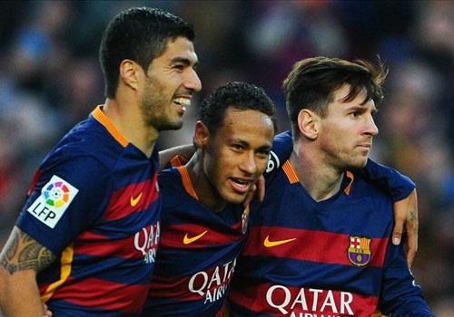 Barcelona pha ky luc ban thang cua Real hinh anh