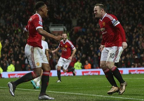 MU 2-1 Swansea: Martial va Rooney toa sang hinh anh