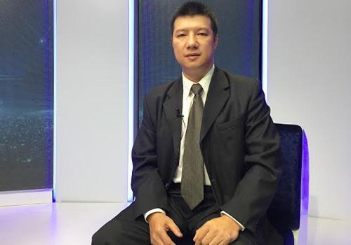 BLV Quang Huy: 'MU co the vo dich o mua giai dien ro' hinh anh