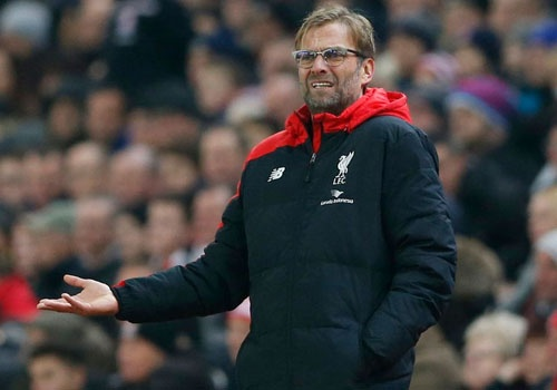 Liverpool dung day tu that bai va kho khan hinh anh