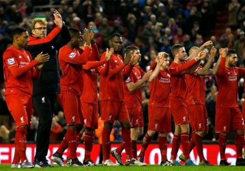 Liverpool dung day tu that bai va kho khan hinh anh 1