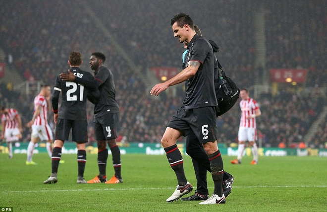 Liverpool tra gia dat cho chien thang o ban ket League Cup hinh anh 5