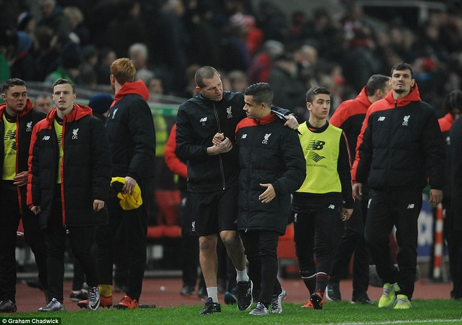 Liverpool tra gia dat cho chien thang o ban ket League Cup hinh anh 10
