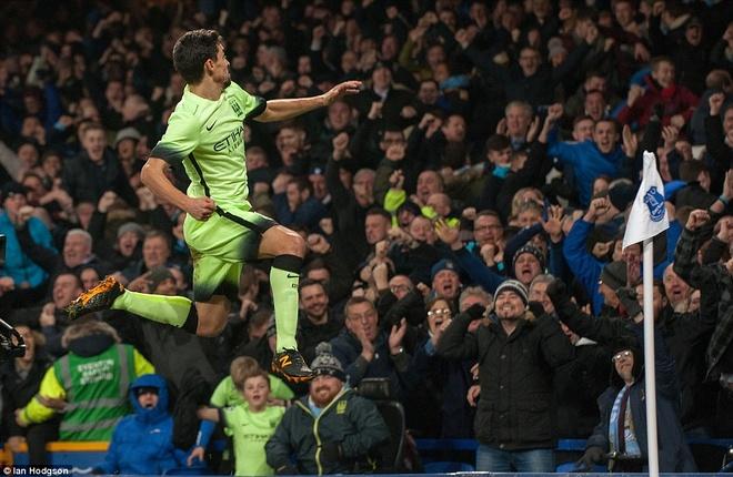 Lukaku gieo sau cho Man City o ban ket League Cup hinh anh 7