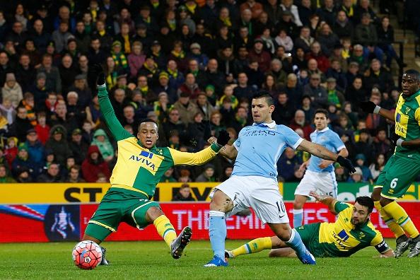 Aguero solo ghi ban, Man City ha Norwich 3-0 hinh anh 2