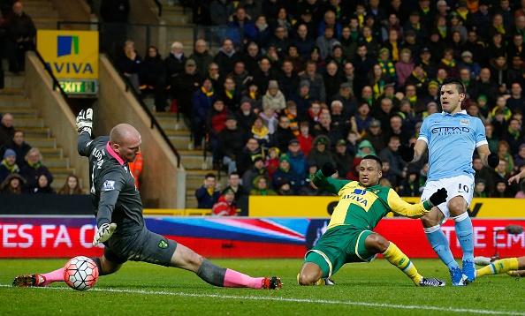 Aguero solo ghi ban, Man City ha Norwich 3-0 hinh anh 3