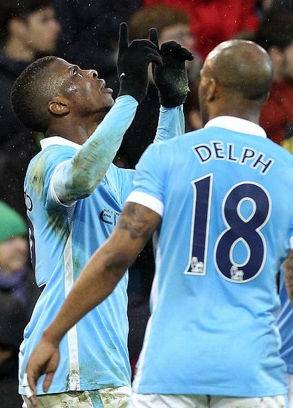 Aguero solo ghi ban, Man City ha Norwich 3-0 hinh anh 5