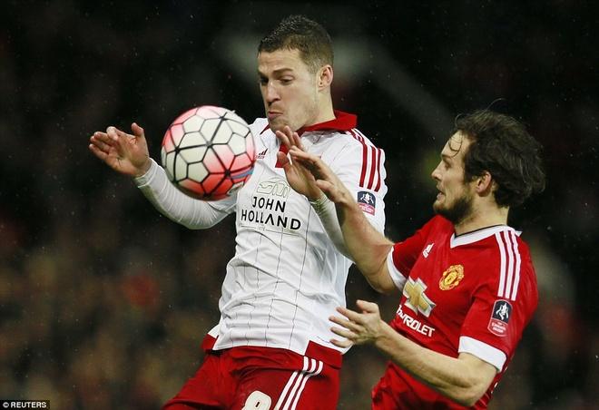 Ghi ban phut 93, Rooney giup MU thang tran tai cup FA hinh anh 1