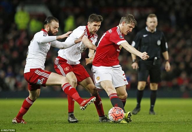 Ghi ban phut 93, Rooney giup MU thang tran tai cup FA hinh anh 3