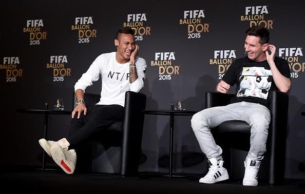 Messi gianh Qua bong vang FIFA 2015 hinh anh 7