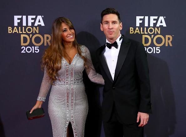 Messi gianh Qua bong vang FIFA 2015 hinh anh 15