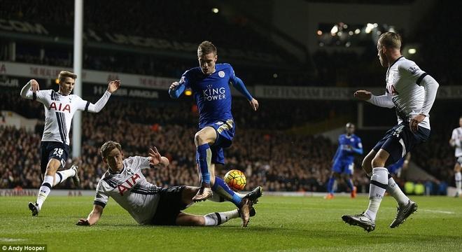 Leicester chua the tro lai ngoi dau du thang Tottenham hinh anh 2