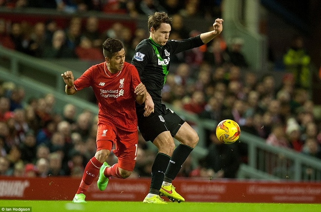 Liverpool vao chung ket League Cup sau loat sut penalty hinh anh 4