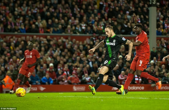 Liverpool vao chung ket League Cup sau loat sut penalty hinh anh 6