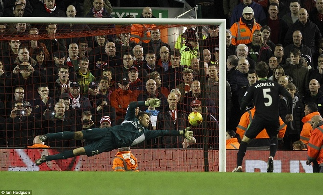 Liverpool vao chung ket League Cup sau loat sut penalty hinh anh 8