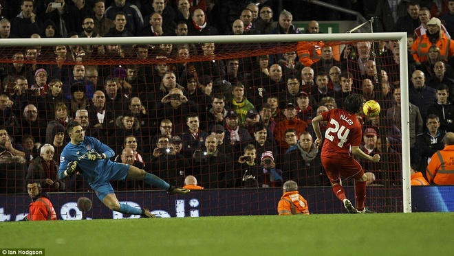 Liverpool vao chung ket League Cup sau loat sut penalty hinh anh 9
