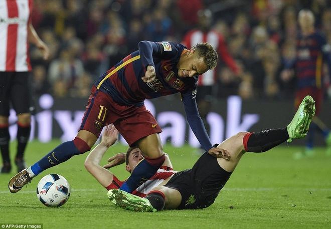 Suarez va Neymar dua Barca vao ban ket cup nha Vua hinh anh 4