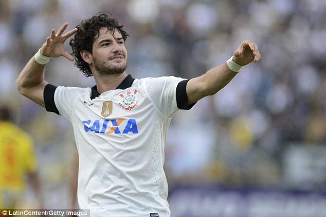 Pato hanh phuc khi ra mat o Chelsea hinh anh 8