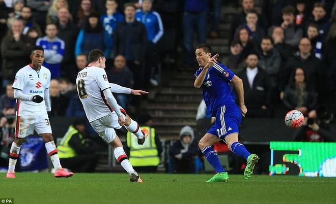 Oscar ghi 3 ban, Chelsea vao vong 5 cup FA hinh anh 3
