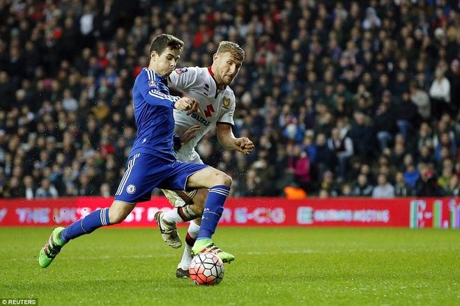 Oscar ghi 3 ban, Chelsea vao vong 5 cup FA hinh anh 4
