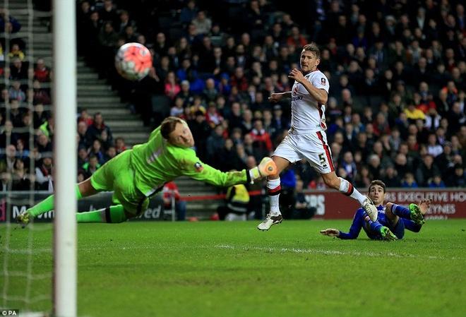 Oscar ghi 3 ban, Chelsea vao vong 5 cup FA hinh anh 5