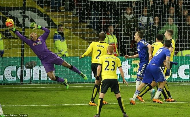 Chelsea van bat bai duoi thoi HLV Hiddink hinh anh 10