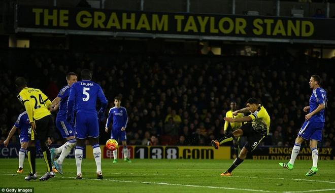 Chelsea van bat bai duoi thoi HLV Hiddink hinh anh 8