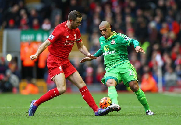 Dan truoc 2 ban, Liverpool mat chien thang phut 89 hinh anh 2