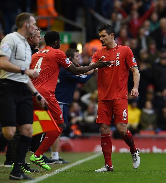 Dan truoc 2 ban, Liverpool mat chien thang phut 89 hinh anh 3