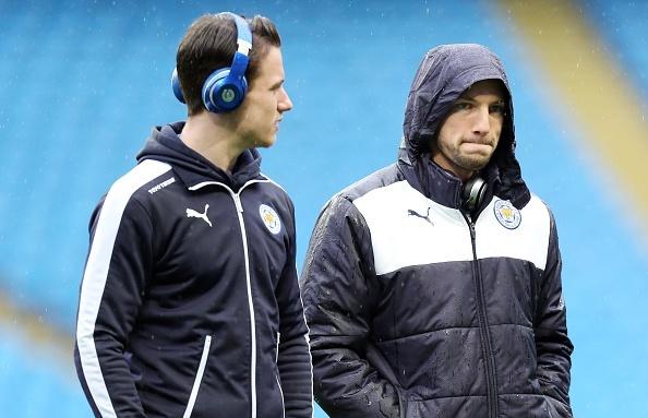 Aguero ghi ban, Man City van thua Leicester 1-3 hinh anh 1