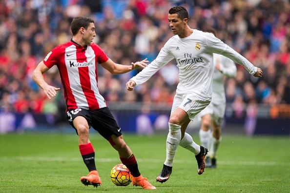 Ronaldo lap cu dup, Real vuon len thu 2 sau Barca hinh anh 1