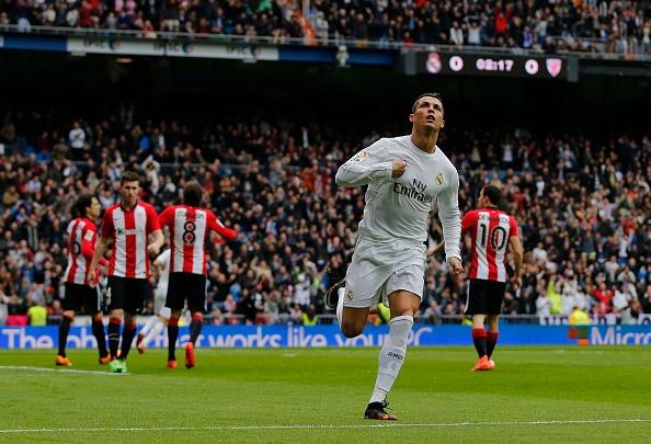 Ronaldo lap cu dup, Real vuon len thu 2 sau Barca hinh anh 3