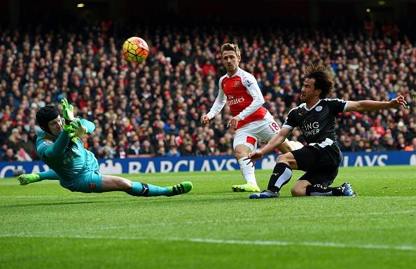 Choi hon nguoi, Arsenal thang kich tinh 2-1 truoc Leicester hinh anh 5