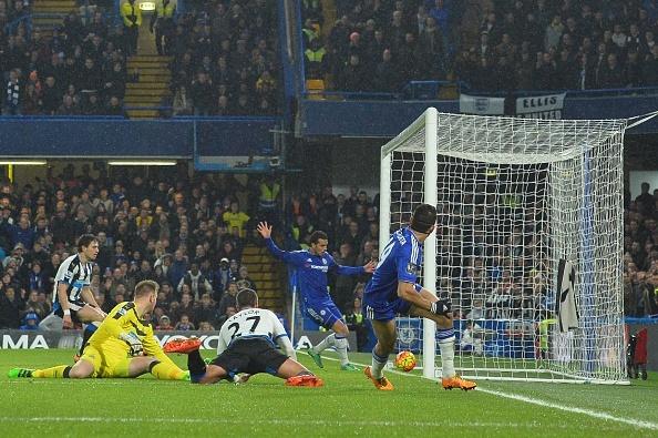 Pedro ghi 2 ban giup Chelsea thang 5-1 hinh anh 1