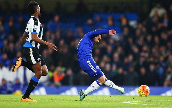 Pedro ghi 2 ban giup Chelsea thang 5-1 hinh anh 8