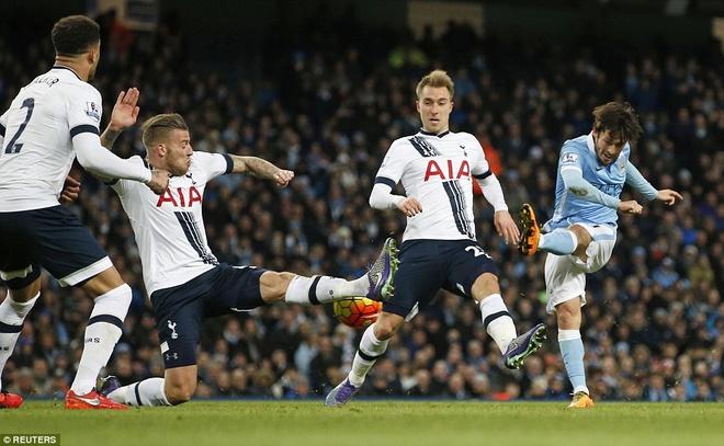 Thua Tottenham 1-2, Man City hut hoi trong top 4 hinh anh 3