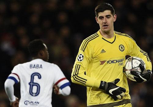 Chelsea may man tranh duoc ac mong o Paris hinh anh