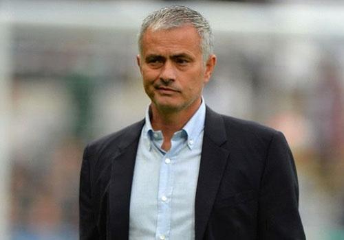 Diem tin: 'MU da ky hop dong voi Mourinho' hinh anh
