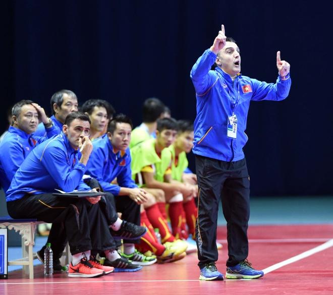 HLV Bruno Formoso: 'Thay phu thuy' cua futsal Viet Nam hinh anh 3