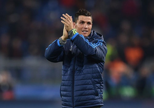 Ronaldo: Ghi ban de dap tra su chi trich hinh anh