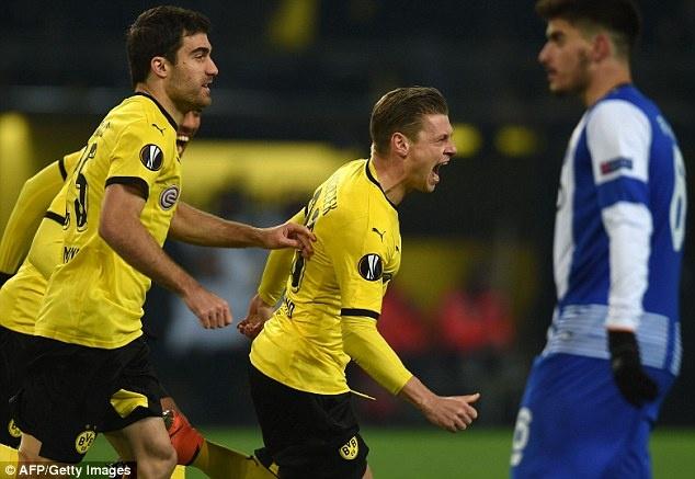 Dortmund ghi 2 ban vao luoi Casillas sau 19 cu sut hinh anh 5