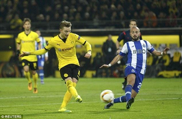 Dortmund ghi 2 ban vao luoi Casillas sau 19 cu sut hinh anh 7