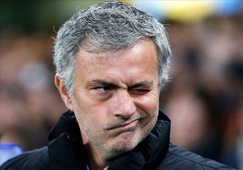 Diem tin: Mourinho chua muon thay the Van Gaal hinh anh