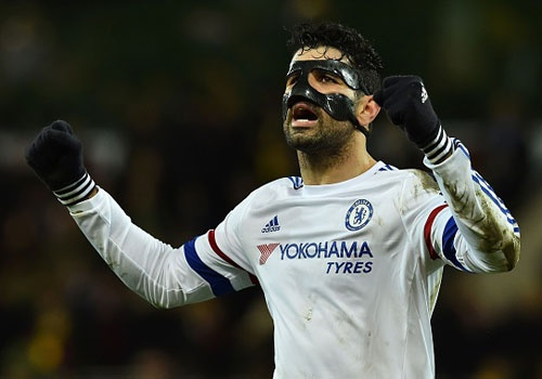 Chelsea tro lai top 10 sau 3 tran thang lien tiep hinh anh
