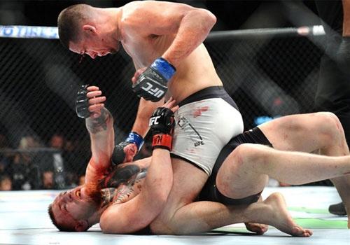 'Ga dien' McGregor thua Nate Diaz sau 2 hiep hinh anh