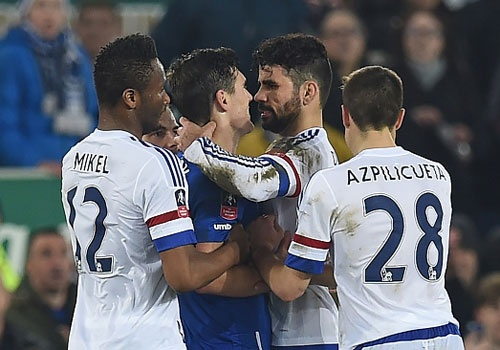 Costa nhan the do, Chelsea dung buoc o tu ket cup FA hinh anh