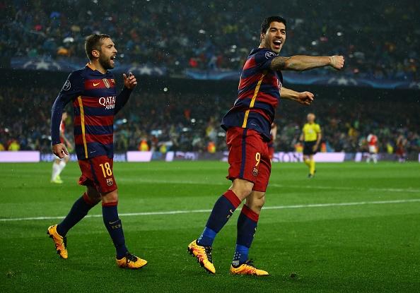 Messi, Neymar va Suarez giup Barca thang Arsenal 3-1 hinh anh 15